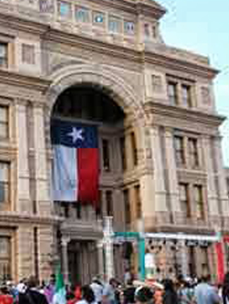 El Grito 2013 – desde el Capitolio Estatal en Texas – Reseña por David Rios
